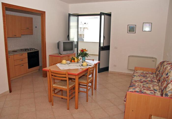 bilocale con terrazzo ad Otranto
