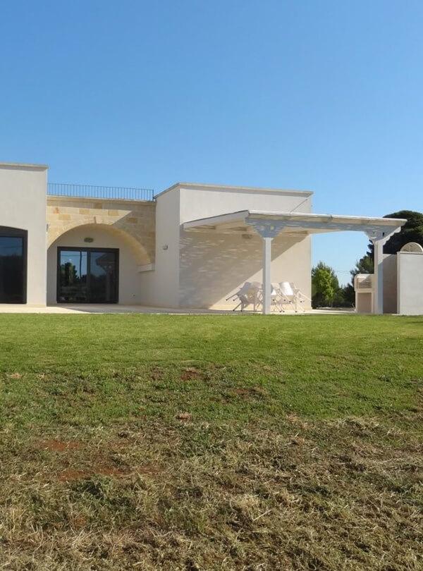 villa baia dei turchi per soggiorno estivo